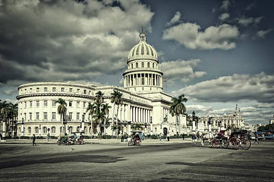 Photograph - Havana National Capitol by L O C