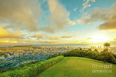 Photograph - Hawaiian Sunset Tantalus Lookout by Benny Marty