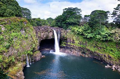Photograph - Hawaiin Waterfall by Joe Belanger