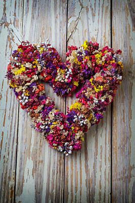 Photograph - Heart Wreath On Wood Wall by Garry Gay