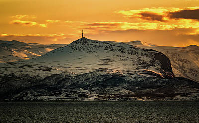 Photograph - Helligfjellet Tower Sunset by Adam Rainoff