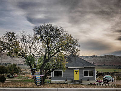 Cannonville Photograph - Home In A Small Village In Utah by Frank Bach