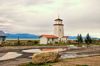 Photograph - Homer Lighthouse by Phyllis Taylor