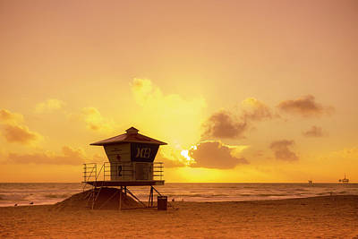 Phong Trinh Photograph - Huntington Beach Sunset by Phong Trinh