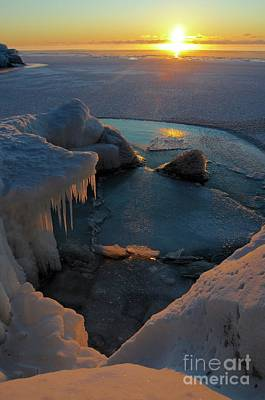 Photograph - Icy Superior Sunrise by Sandra Updyke
