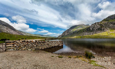 Lakes Digital Art - Idwal Lake by Adrian Evans