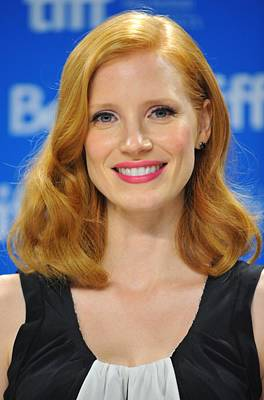 At The Press Conference Photograph - Jessica Chastain At The Press by Everett