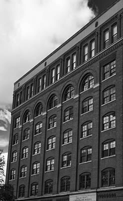 Jfk Plaza Photograph - Jfk The Sixth Floor by William Jones