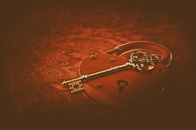 Photograph - Key To The Heart by Jill Wellington