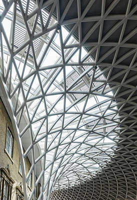 Photograph - Kings Cross Roof by Roger Lighterness