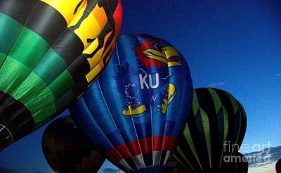 Photograph - Ku Ballon by Bob Brents