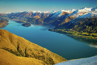 Photograph - Lake Wanaka by Martin Capek