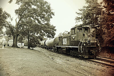 Photograph - Laurinburg Southern #9528 B W 2 by Joseph C Hinson Photography