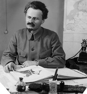 Photograph - Leon Trotsky (1879-1940) by Granger
