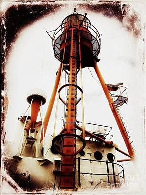 Photograph - Lightship Nantucket Wlv-613 Tripod Light by Lita Kelley