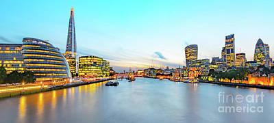 Building Exterior Mixed Media - London At Dusk by Svetlana Sewell