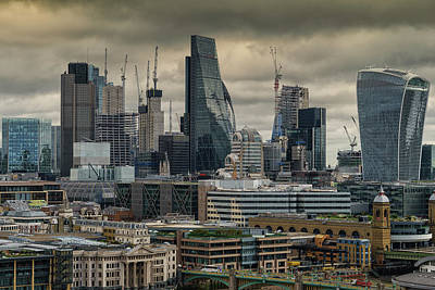 Photograph - London City by Uri Baruch