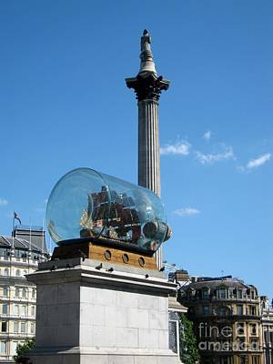 Ship In A Bottle Photograph - London Trafalgar Square by Lesley Giles