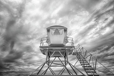 Photograph - Look Up by Joseph S Giacalone