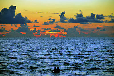 Photograph - Lovers At Sunset by David Lee Thompson