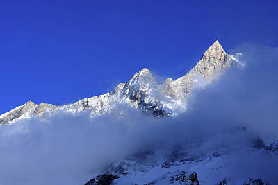 Photograph - Machhapuchhre 6,993m by Aidan Moran