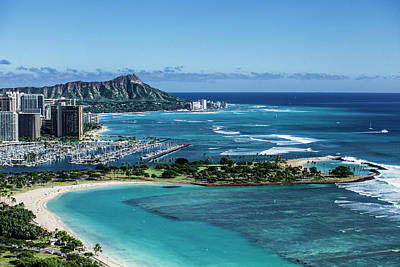 Diamond Head Photograph - Magic Island To Diamond Head by Sean Davey