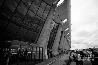 main terminal building exterior check in area Dulles international airport serving Washington DC USA Art Print