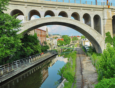 Manayunk - Canal And Bridge Print by Bill Cannon