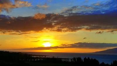 Photograph - Maui Sunset At The Plantation House by Richard Yates