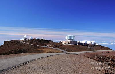 Keck Photograph - Mauna-kea-observatory, Hawaii, Usa by Uwe Gernhoefer