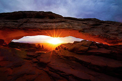 Photograph - Mesa Arch Sunrise by Norman Hall