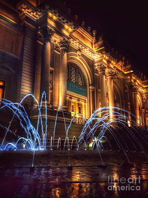 Photograph - Metropolitan Museum At Night 1 by Miriam Danar