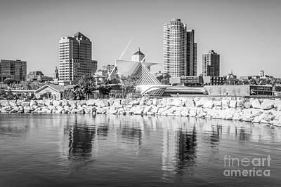 Milwaukee Skyline Photograph - Milwaukee Skyline Photo In Black And White by Paul Velgos