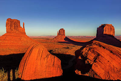 Photograph - Monument Valley by Andrew Soundarajan