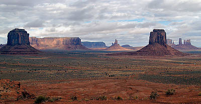 Photograph - Monument Valley Morning by Jeff Brunton