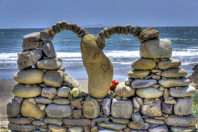 Photograph - Mothers Day Rock Art Heart by Joe  Palermo