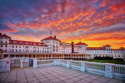 Photograph - Mount Washington Hotel by Robert Clifford