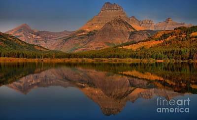 Photograph - Mount Wilbur Sunrise Reflections by Adam Jewell