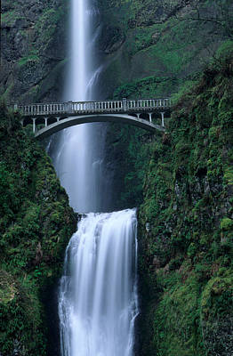 Multnomah Falls Waterfall Photograph - Multnomah Falls by Eric Foltz