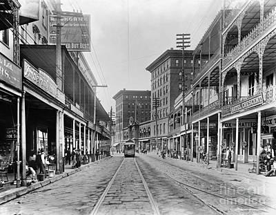 St Charles Avenue Photograph - New Orleans: Street Scene by Granger