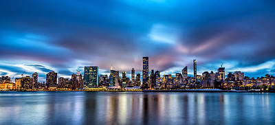 Photograph - New York City Skyline by Rafael Quirindongo