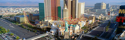 Statue Of Liberty Replica Photograph - New York New York Casino, Las Vegas by Panoramic Images
