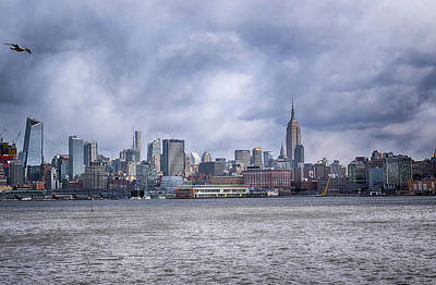 Photograph - New York Skyline by Dyle Warren