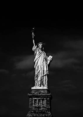 Black Photograph - Nyc Miss Liberty by Nina Papiorek