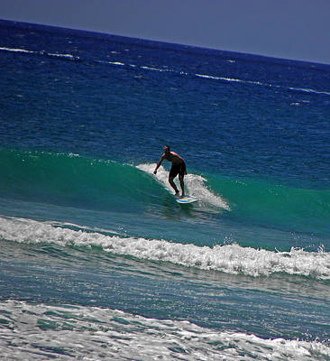 Photograph - Oahu Surfer by Elizabeth Hoskinson
