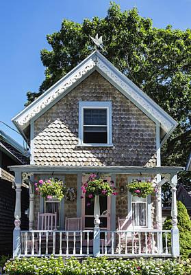 Charming Cottage Photograph - Oak Bluffs Cottage by John Greim