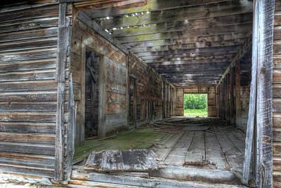Photograph - Old Barn Near Osoyoos by Doug Matthews