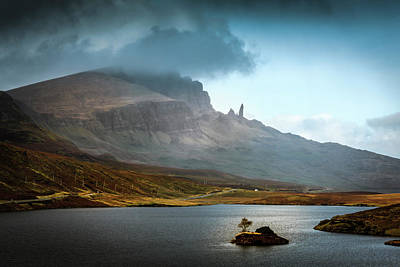 Photograph - Old Man Of Storr Isle Of Skye by Alex Saunders