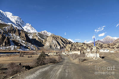 On The Annapurna Circuit Trekking Near Manang In Nepal Art Print