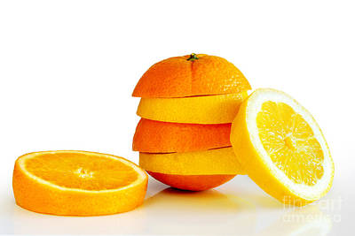 Oranje Lemon Art Print by Carlos Caetano